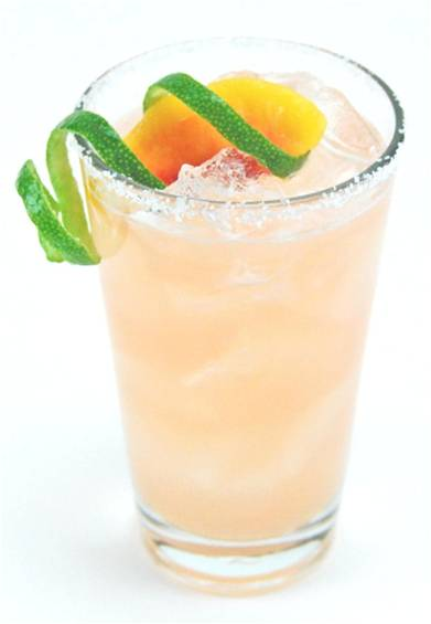 Peach schnapps cocktail recipes spring drinks cocktail culture