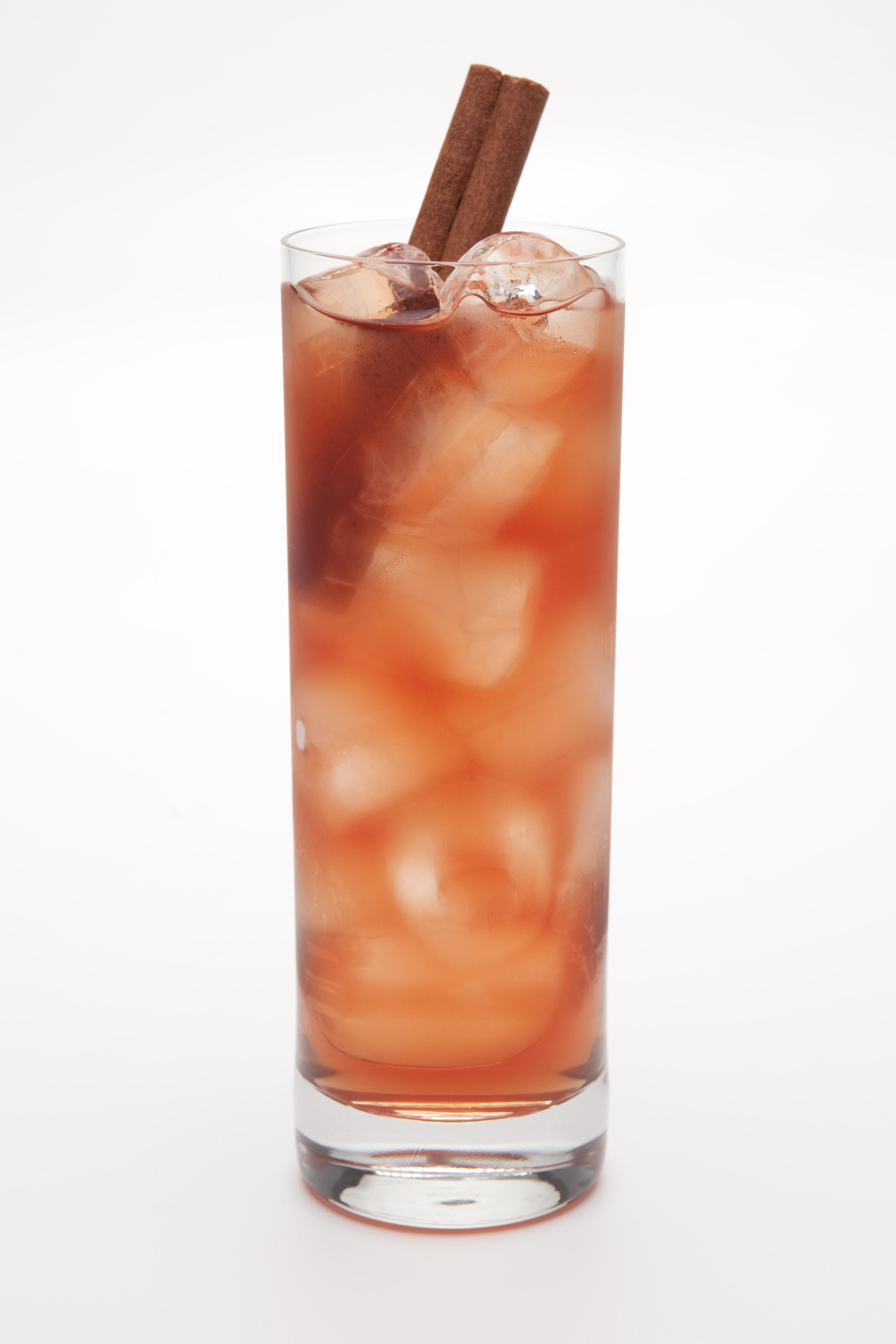Friday's Feature Cocktail – Cinn & Pom Iced Tea